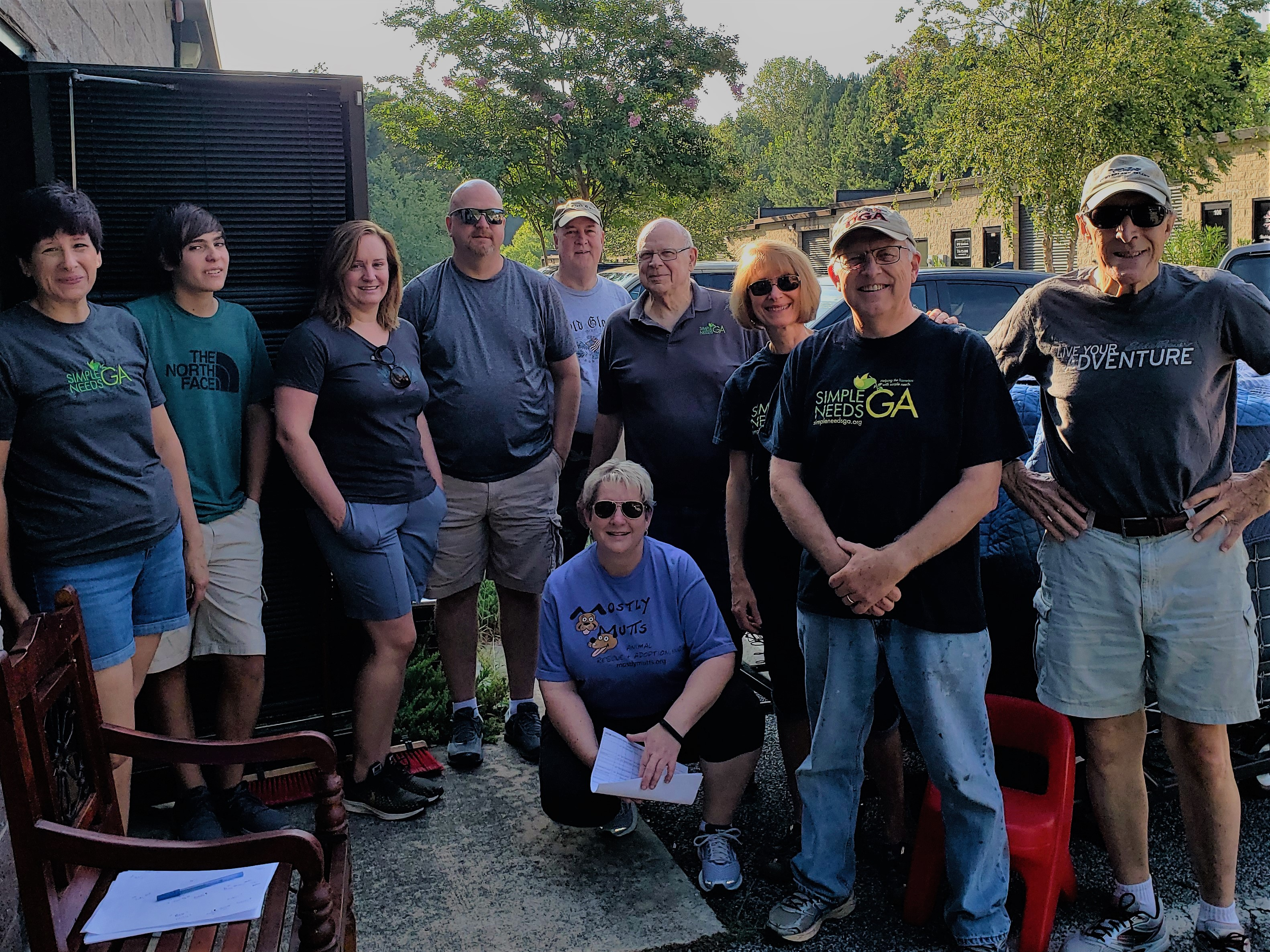 Volunteers Furniture Aug 3 2019 (2)
